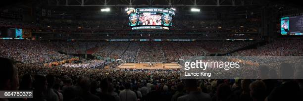 A general view during the opening tip of the game between the Gonzaga Bulldogs and the North Carolina Tar Heels during the 2017 NCAA Men's Final Four...