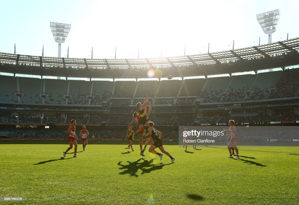 A general view during the round 13 AFL match between the Richmond Tigers and the Sydney Swans at Melbourne Cricket Ground on June 17, 2017 in Melbourne, Australia.