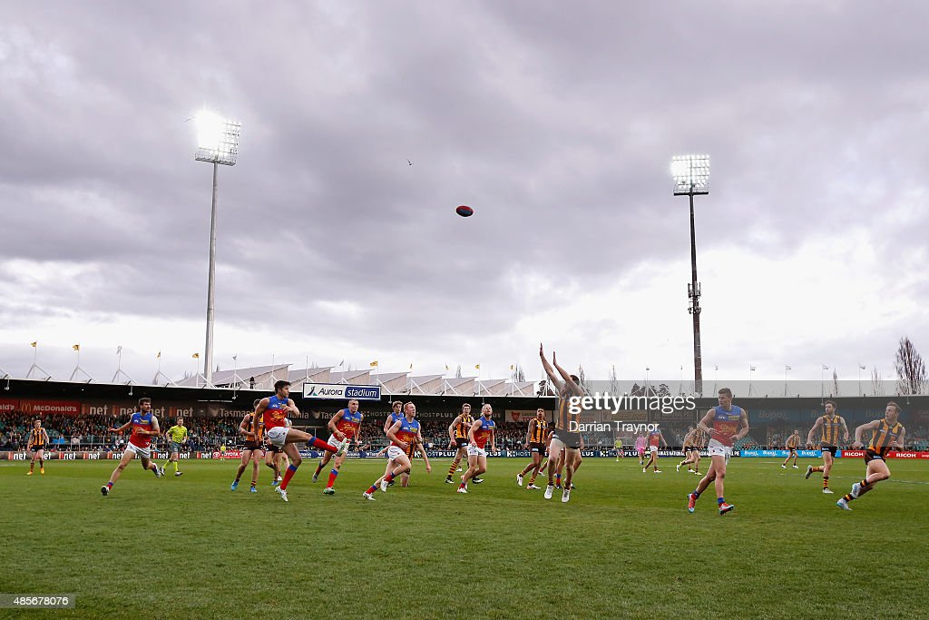 A general view during the round 22 AFL match between the Hawthorn Hawks and the Brisbane Lions at Aurora Stadium on August 29, 2015 in Launceston, Australia.