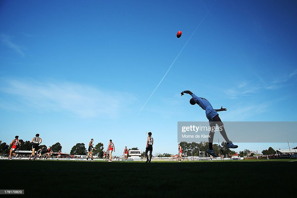 A general view during the round 22 SANFL match between the Port Adelaide Magpies and the West Adelaide Bloods at Alberton Oval on September 1, 2013 in Adelaide, Australia.