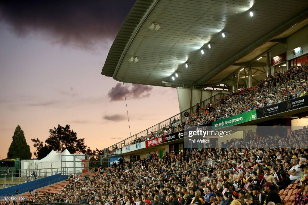 Super Rugby Rd 4 - Chiefs v Brumbies : News Photo