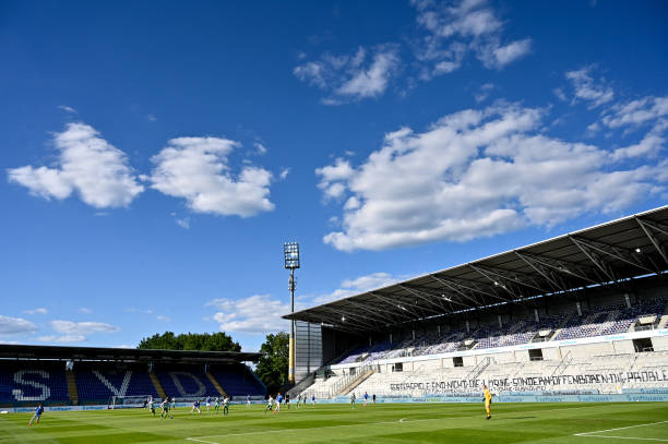 DEU: SV Darmstadt 98 v SpVgg Greuther Fürth - Second Bundesliga