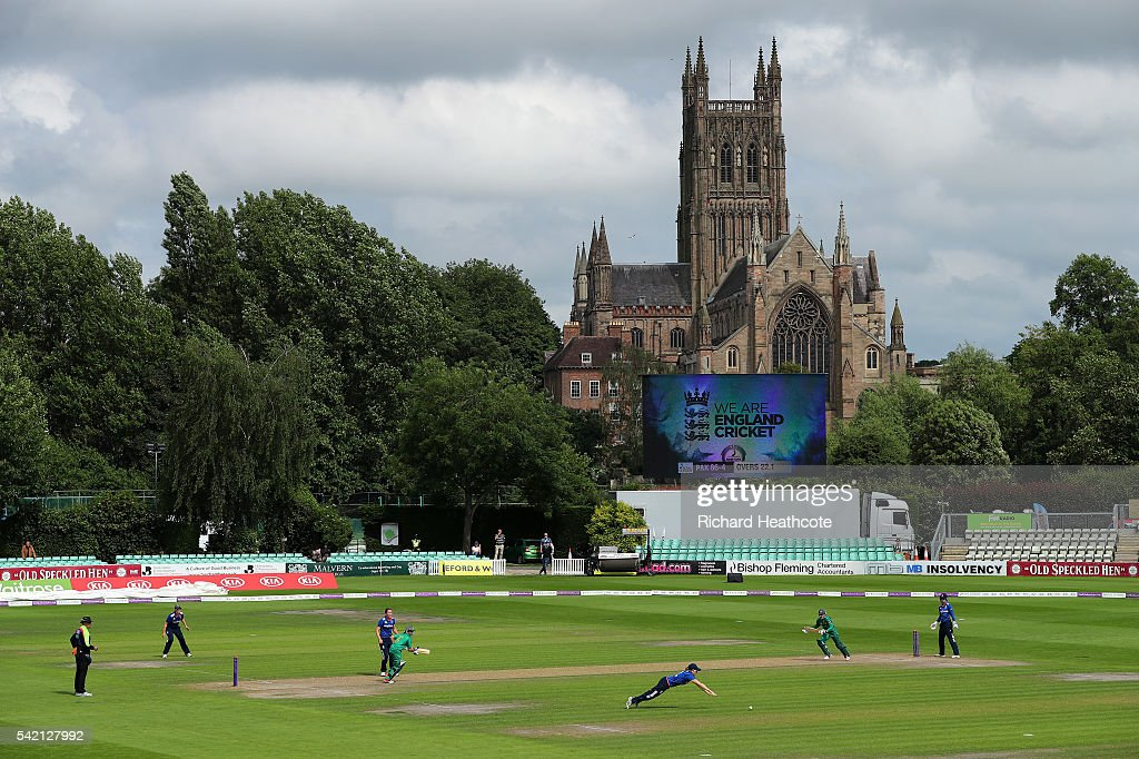 A general view during the second Women's Royal London ODI match between England and Pakistan at New Road on June 22, 2016 in Worcester, England.