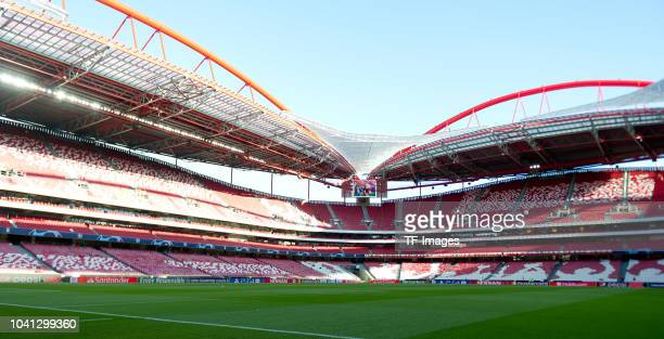 General view during the UEFA Champions League Group E match between SL Benfica and FC Bayern Muenchen at Estadio da Luz on September 19, 2018 in...