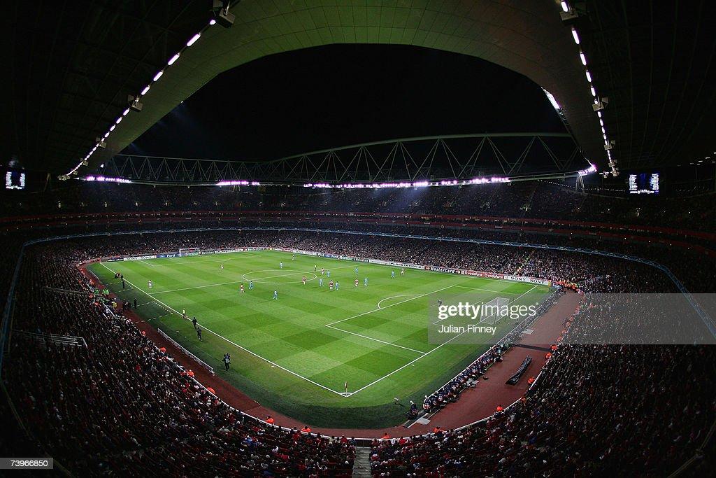 UEFA Champions League: Arsenal v PSV Eindhoven : News Photo