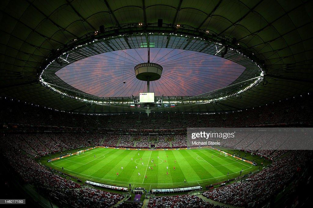 Poland v Russia - Group A: UEFA EURO 2012 : Foto jornalística
