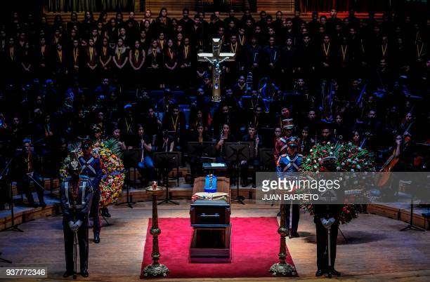 General view during the wake of the founder of Venezuela's National System of Children and Youth Orchestras Jose Antonio Abreu in Caracas on March 25...