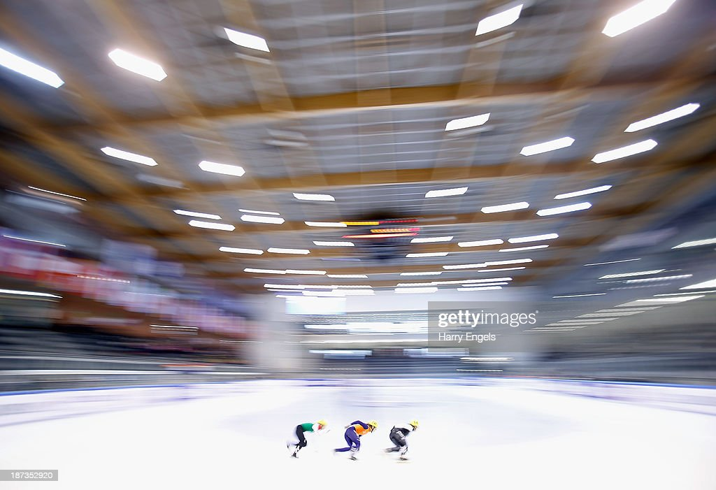 A general view during the Women's 1000m pre-preliminaries on day two of the Samsung ISU Short Track World Cup at the Palatazzoli on November 8, 2013 in Turin, Italy.