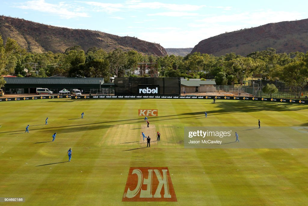 A general view during the Women's Big Bash League match between the Perth Scorchers and the Adelaide Strikers at Traeger Park on January 14, 2018 in Alice Springs, Australia.