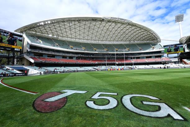 AUS: AFL Rd 5 - Adelaide v Fremantle