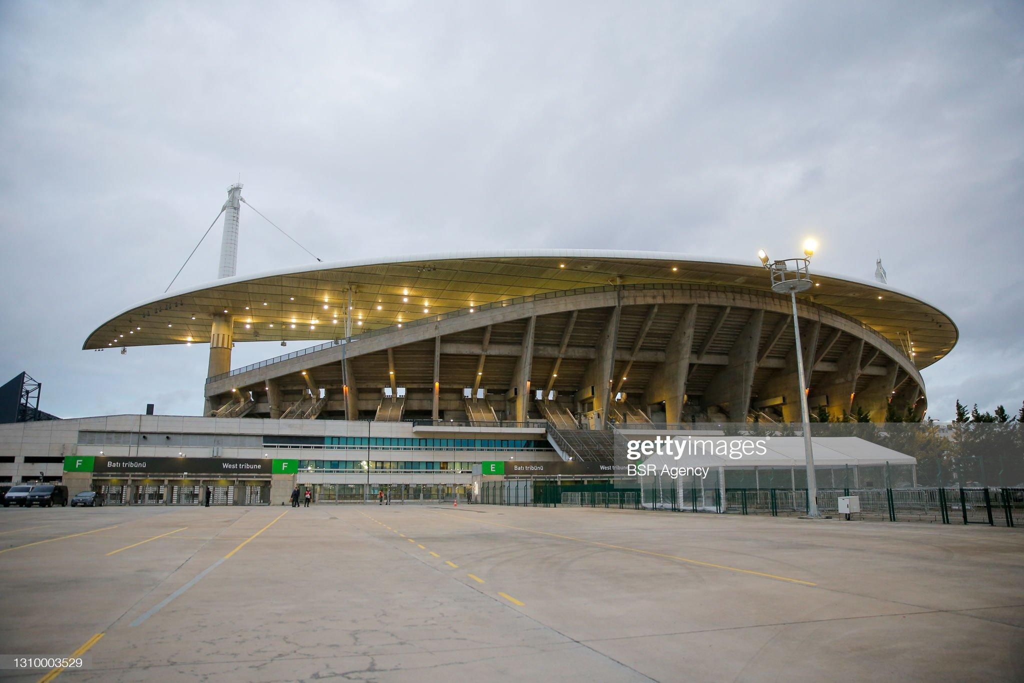 Turkey v Latvia - FIFA World Cup 2022 Qatar Qualifier : ニュース写真