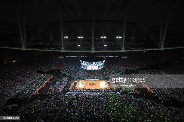 A general view in the second half as the North Carolina Tar Heels take on the Oregon Ducks during the 2017 NCAA Men's Final Four Semifinal at...