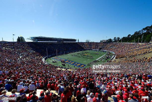 A general view inside California Memorial Stadium prior to the start of an NCAA football game between the Ohio State Buckeyes and California Golden...