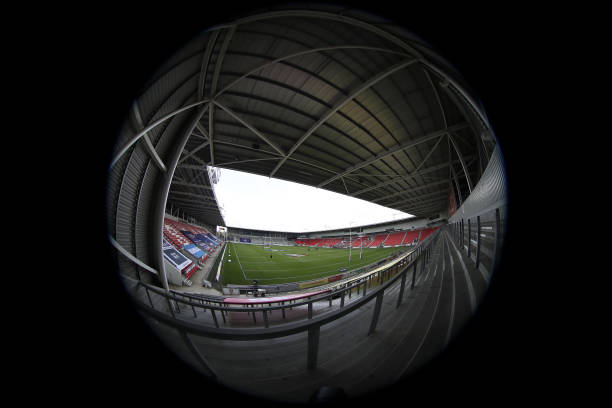 GBR: St Helens v Leeds Rhinos - Betfred Challenge Cup