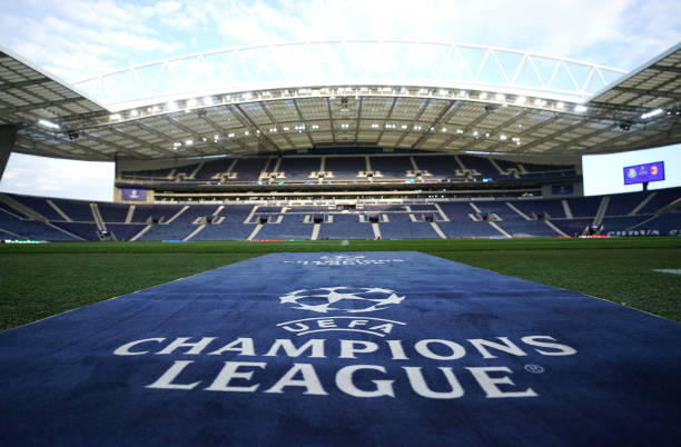 PRT: FC Porto v AC Milan: Group B - UEFA Champions League
