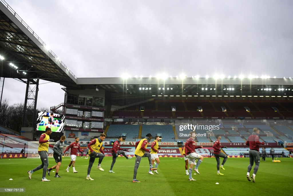 Aston Villa v Crystal Palace - Premier League : Nachrichtenfoto