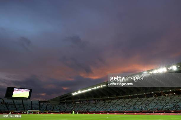 General view inside the stadium as the sun sets during the Men's Quarter Final match between Spain and Cote d'Ivoire on day eight of the Tokyo 2020...