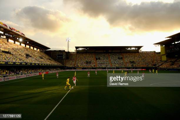General view inside the stadium during the La Liga Santander match between Villarreal CF and Deportivo Alavés at Estadio de la Ceramica on September...