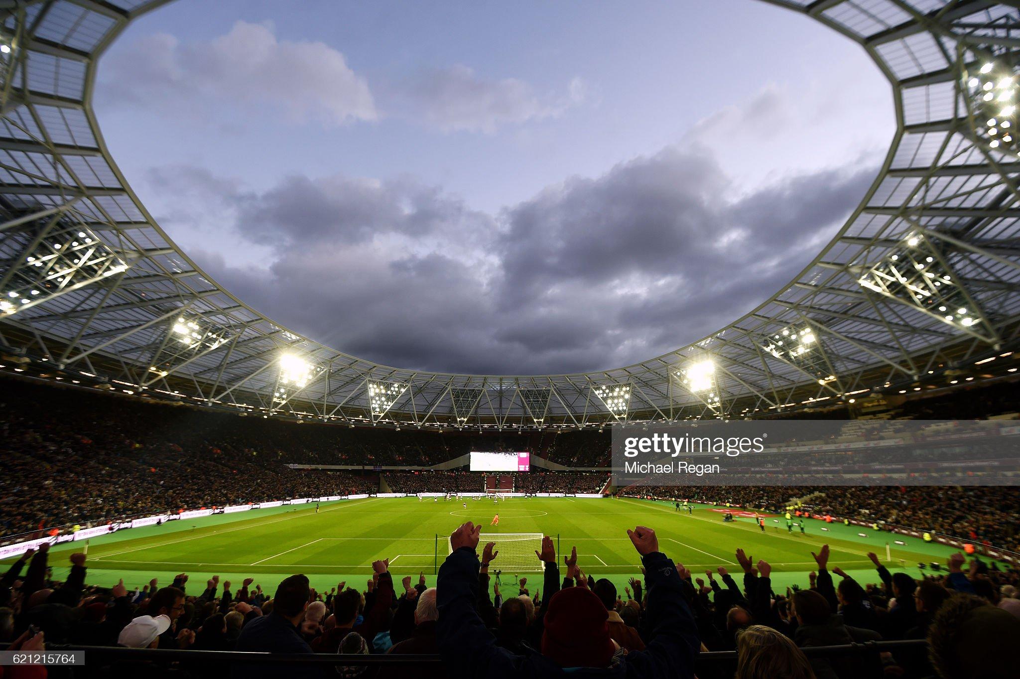 West Ham United v Stoke City - Premier League : ニュース写真