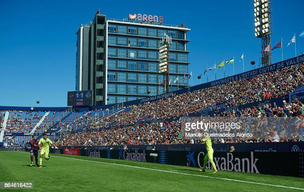 General view inside the stadium during the the La Liga match between Levante and Getafe at Ciutat de Valencia Stadium on October 21 2017 in Valencia...
