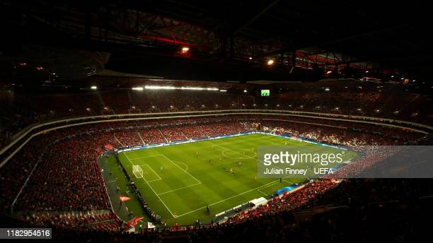General view inside the stadium during the UEFA Champions League group G match between SL Benfica and Olympique Lyon at Estadio da Luz on October 23...