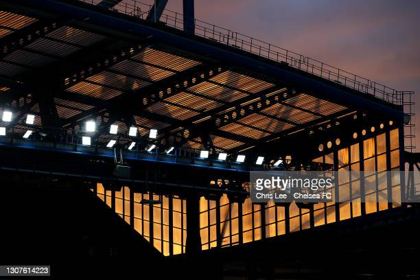 General view inside the stadium of the sunset prior to the UEFA Champions League Round of 16 match between Chelsea FC and Atletico Madrid at Stamford...
