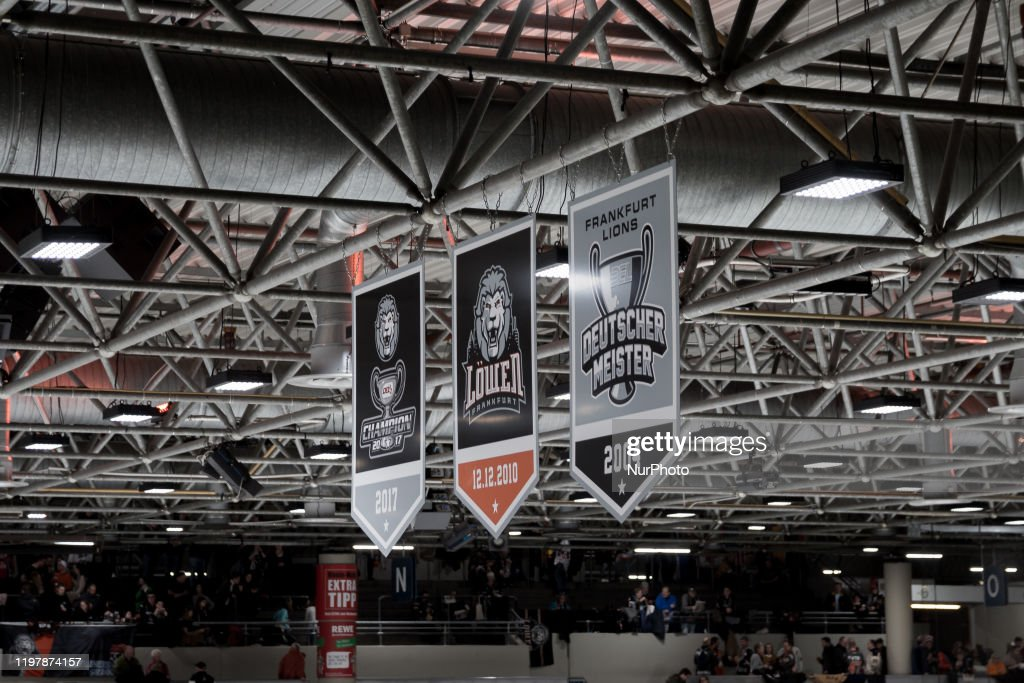 Lowen Frankfurt v Ravensburg Towerstars - DEL2 Hockey League : News Photo