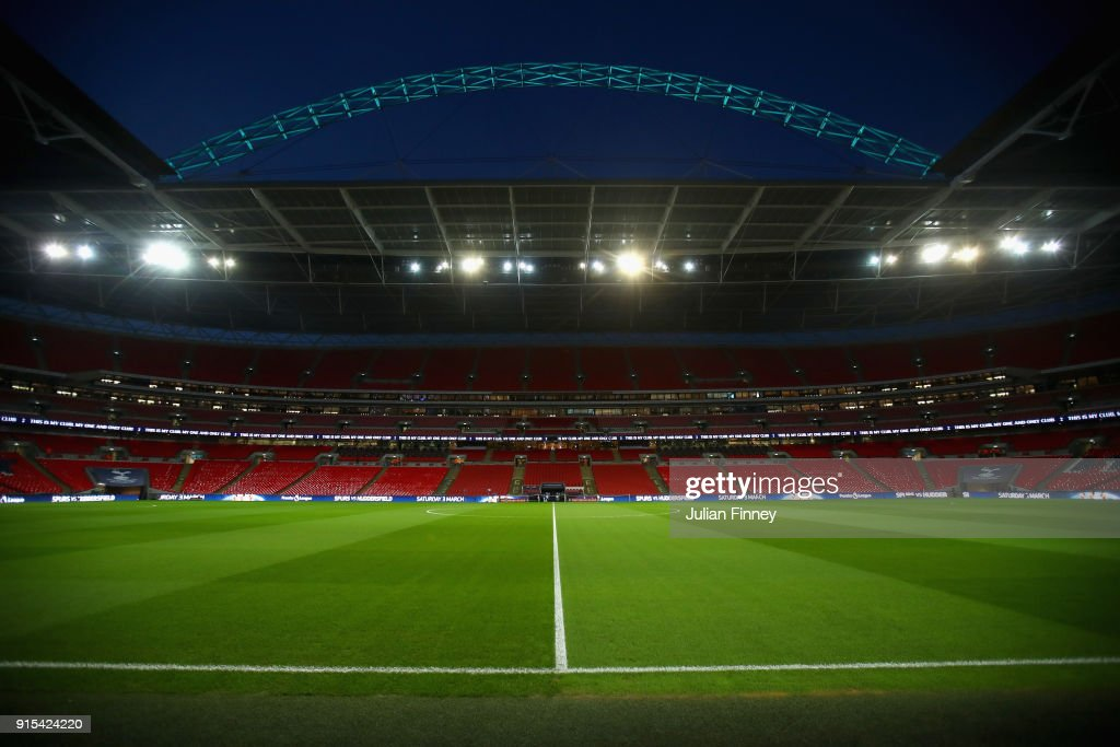 Tottenham Hotspur v Newport County  - The Emirates FA Cup Fourth Round Replay : News Photo