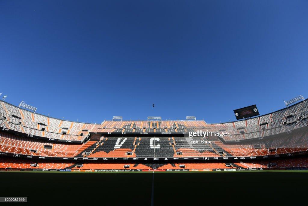 Valencia CF v  Club Atletico de Madrid - La Liga
