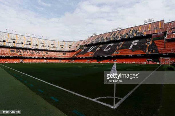 General view inside the stadium prior to the La Liga match between Valencia CF and FC Barcelona at Estadio Mestalla on January 25, 2020 in Valencia,...