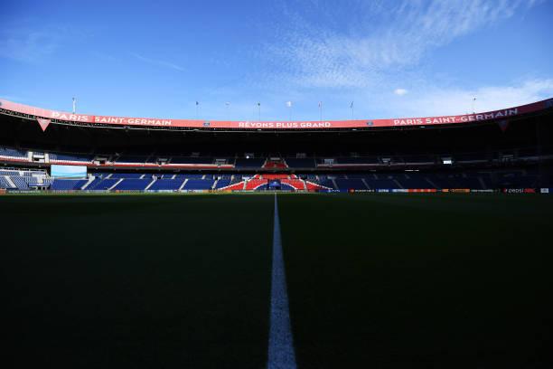 FRA: Paris Saint-Germain v Manchester City: Group A - UEFA Champions League
