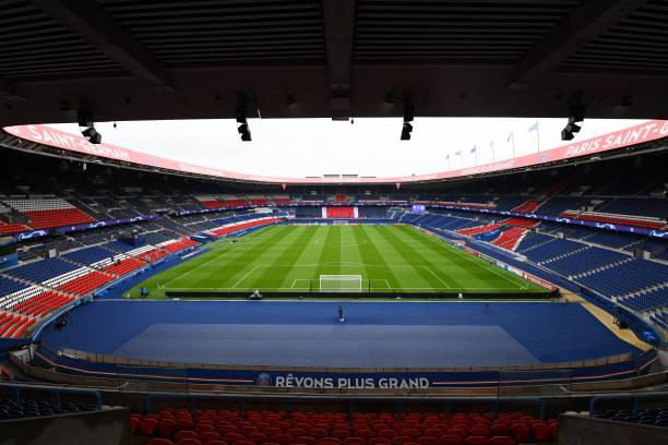 FRA: Paris Saint-Germain v Manchester United: Group H - UEFA Champions League