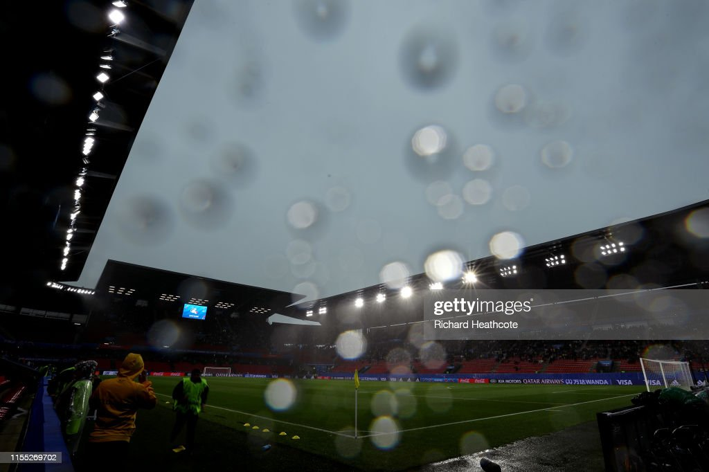 Chile v Sweden: Group F - 2019 FIFA Women's World Cup France : News Photo