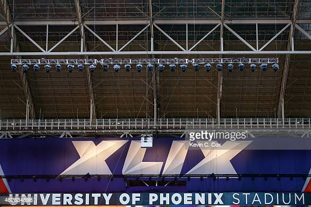 General view inside University of Phoenix Stadium prior to Super Bowl XLIX between the New England Patriots and the Seattle Seahawks on February 1,...