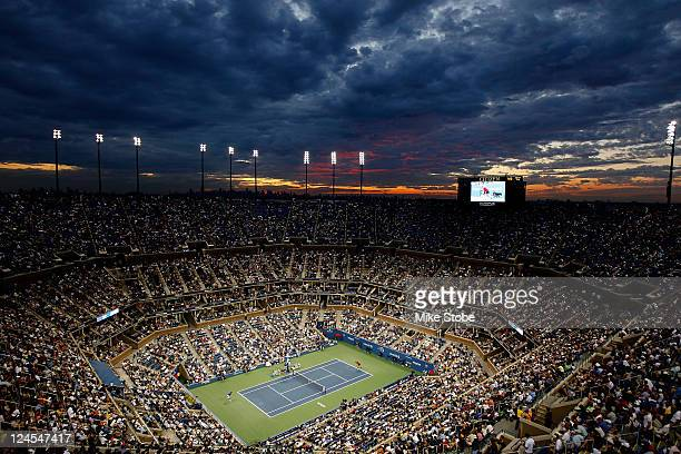A general view is seen as Andy Murray of Great Britain plays against Rafael Nadal of Spain during Day Thirteen of the 2011 US Open at the USTA Billie...