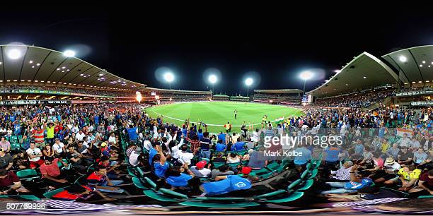 A general view is seen as the crowd cheer during the International Twenty20 match between Australia and India at Sydney Cricket Ground on January 31...