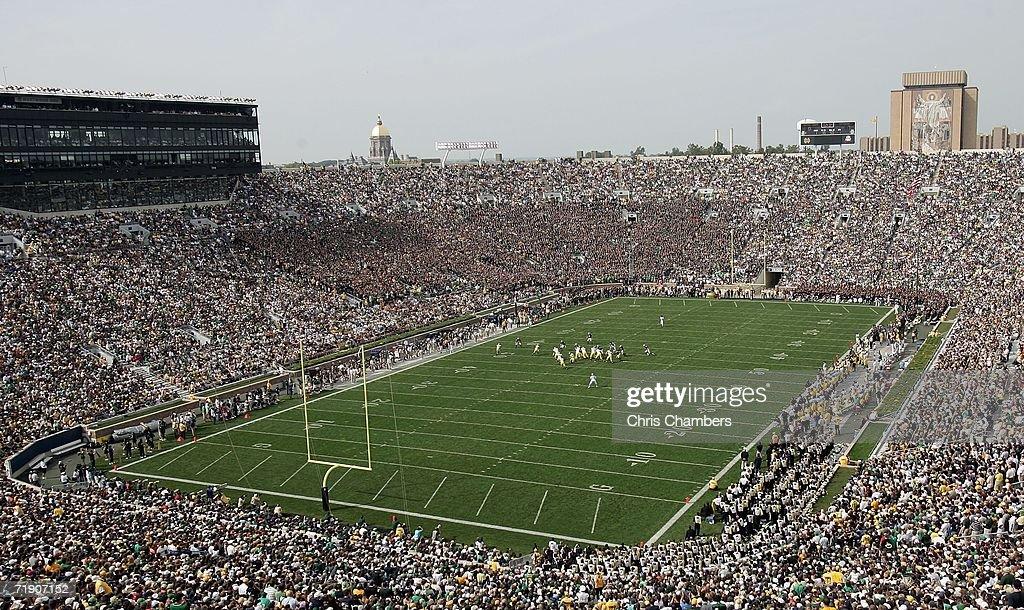 Michigan Wolverines v Notre Dame Fighting Irish : Nachrichtenfoto
