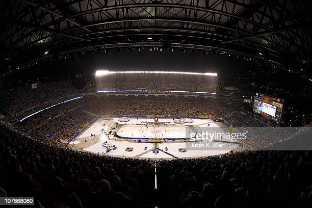 A general view is seen as the Pittsburgh Penguins take on the Washington Capitals during the 2011 NHL Bridgestone Winter Classic at Heinz Field on...