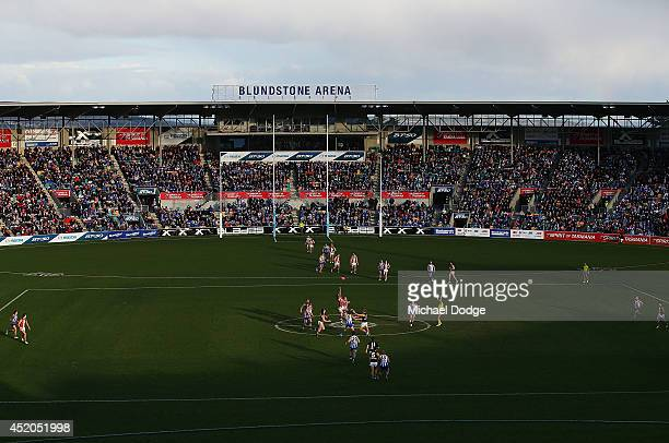 A general view is seen during the round 17 AFL match between the North Melbourne Kangaroos and the St Kilda Saints at Blundstone Arena on July 12...