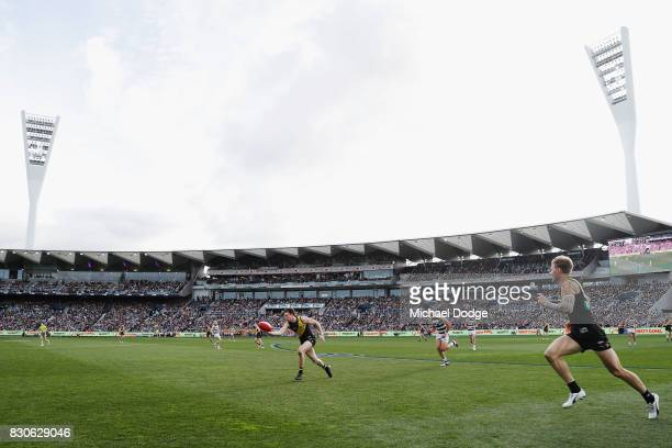 A general view is seen during the round 21 AFL match between the Geelong Cats and the Richmond Tigers at Simonds Stadium on August 12 2017 in Geelong...