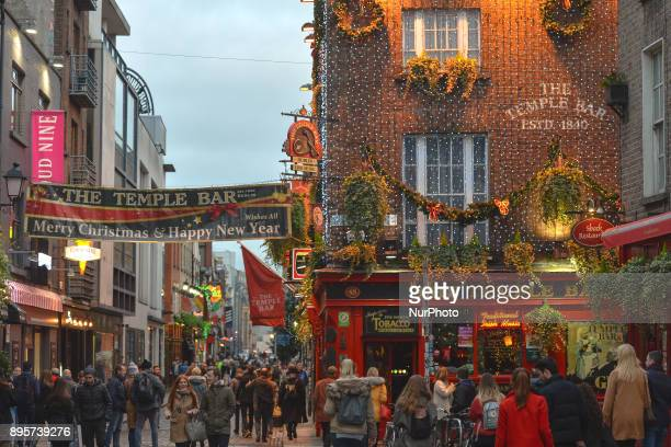 A general view of a busy Temple Bar area during the Christmas Season 2017 just a few days ahead of Christmas On Tuesday 19 December 2017 in Dublin...