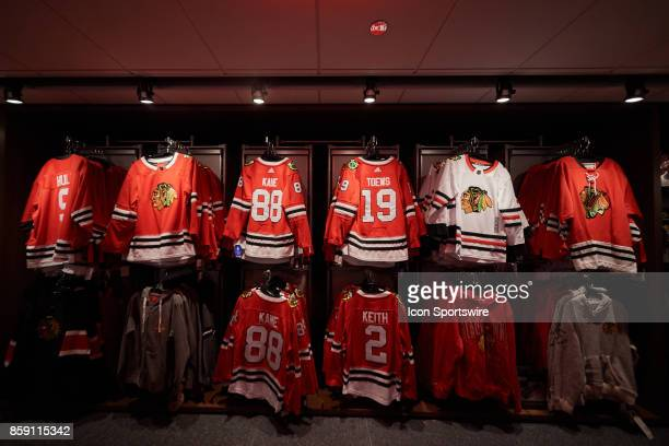 low priced 9781f c5924 60 Top Chicago Blackhawks Store Pictures, Photos, & Images ...