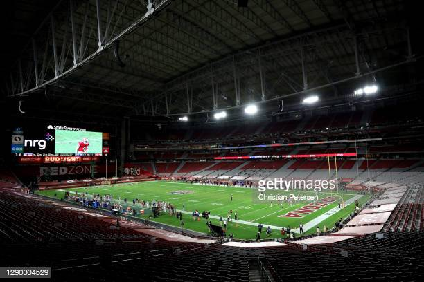 General view of a game between the San Francisco 49ers and the Buffalo Bills at State Farm Stadium on December 07, 2020 in Glendale, Arizona.