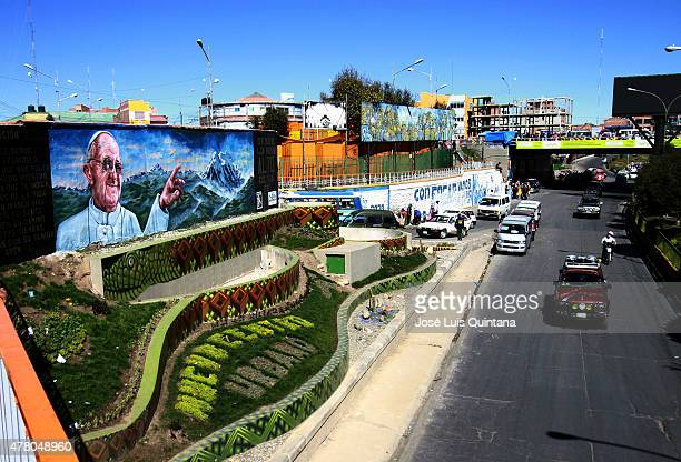 General view of a giant mural of Pope Francis at 6 de Marzo Avenue on June 21 2015 in El Alto Bolivia The mural was painted by artists William Luna...