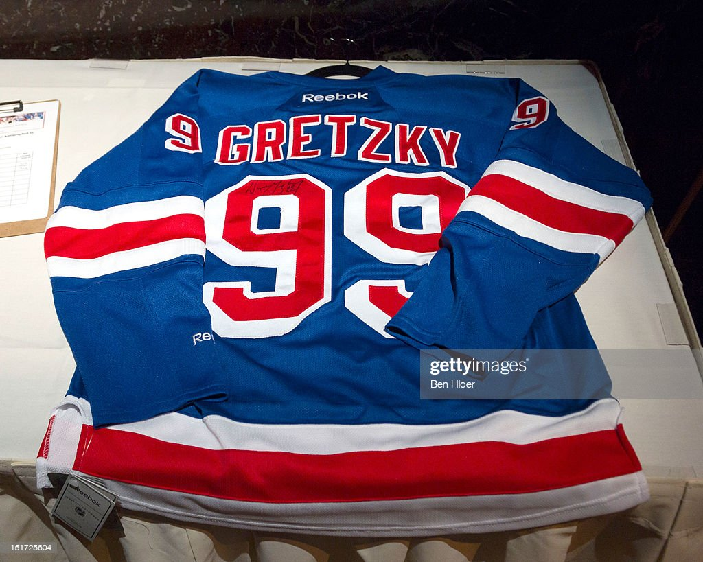 A general view of a hockey jerseysigned by Wayne Gretzky the Canadian Association Of New York's 33rd Annual Hockey Achievement Award Honoring Wayne Gretzky at Cipriani 42nd Street on September 10, 2012 in New York City.