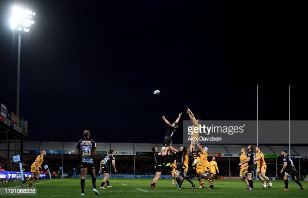 A general view of a lineout during the Gallagher Premiership Rugby match between Exeter Chiefs and Wasps at on November 30 2019 in Exeter England
