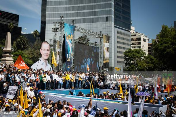 General view of a meeting with Ricardo Anaya presidential candidate For Mexico to the Front coalition during an election campaign event on June 24...