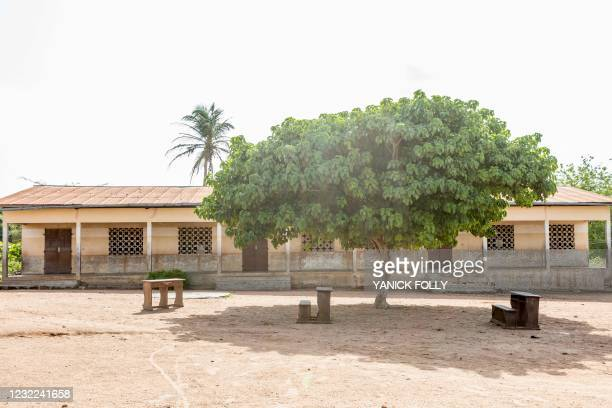 General view of a polling station at the public primary school of Kpabai in Save, Benin, on April 11, 2021. - On April 8 in the central city of Save,...