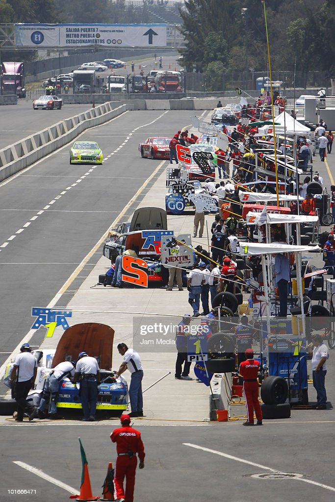 General view of a practice of Nascar Corona at Hermanos Rodriguez Speedway on June 5, 2010 in Mexico City, Mexico.