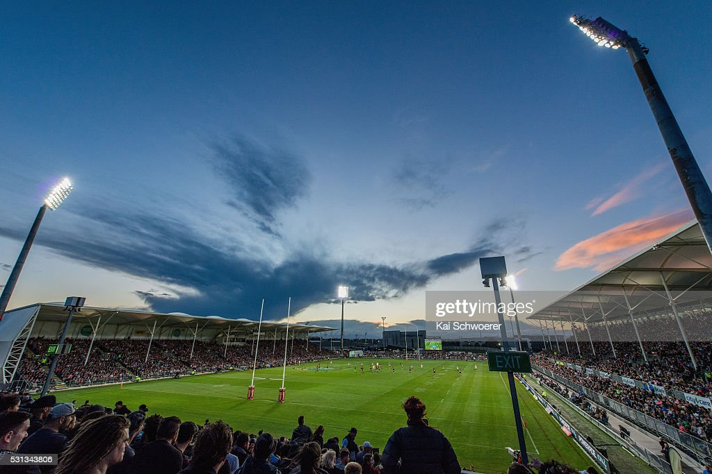 A general view of a sold out AMI Stadium during the round 10 NRL match between the Penrith Panthers and the New Zealand Warriors at AMI Stadium on May 14, 2016 in Christchurch, New Zealand.